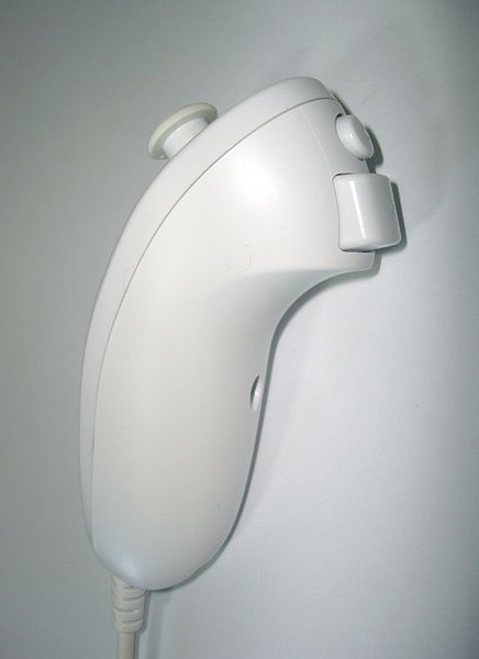 436px-Wii_nunchuk_controller_side.jpg