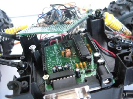 freeduino&motorshieldmountview_c.jpg
