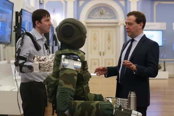 sar-401_and_medvedev.t.jpg